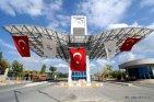 İzmir'de 1982 yılında kurulan Dokuz Eylül Üniversitesi (DEÜ), yeni akademik yıla yaklaşık 76 bin kişinin yaşadığı Bayburt'un nüfusuna yakın öğrenci sayısıyla girecek. (Ege Gürün - Anadolu Ajansı)